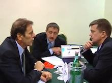 Владимир Волков и Григорий Романов за круглым столом с итальянскими предпинимателями