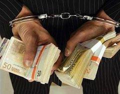 Стоимость услуг адвокатов, помогавших нелегалам получить документы в Италии доходила до 10 тысяч евро
