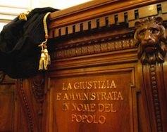 Адвокаты в Италии занимались изготовлением фальшивых видов на жительство