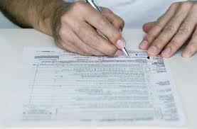 С 2013 года иностранцам, оформляющим или продлевающим вид на жительство не нужно предоставлять оригиналы документов
