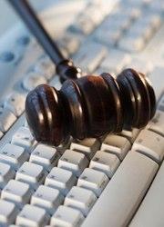 Итальянские адвокаты не могут оказывать юридические услуги бесплатно