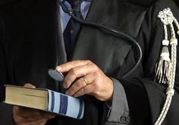 гонорар адвоката исчисляется из диапазона минимальных и максимальных тарифов, в зависимости от сложности и важности дела, требуемых усилий, затраченного времени, материального положения клиента