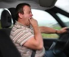 Поломка машины или физическое недомогание водителя на трассе может стать причиной аварии.