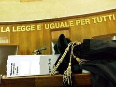 После долгих судебных заседаний, предприниматель Д. Б. был оправдан, а палермскому адвокату предъявлено обвинение в клевете