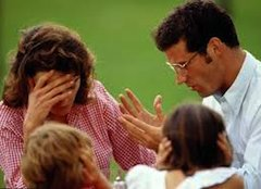 Новая редакция статьи 155 Гражданского кодекса Италии, введенная еще в 2006 году, указывает несколько иной путь обеспечения материальных потребностей детей разведенных родителей.