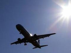 Супруги были недовольны тем, что потеряли 1 день из 7-дневного оплаченного тура. Их рейс из Рима в Шарм-эль-Шейх был задержан из-за плохой погоды.