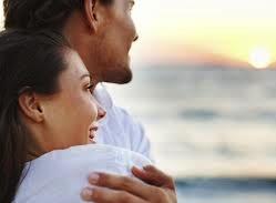 Согласно требованиям, изложенным в ст. 30 Единого закона об иммиграции, супруга тоже подал запрос на получение ВНЖ «на неограниченный срок», поскольку у мужа в наличии уже был этот документ