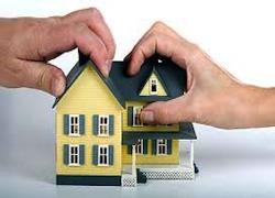 Кассационный суд Италии в постановлении № 2082/2013 напомнил, что совместно нажитое имущество может быть продано одним из супругов, даже без согласия второго, который, однако, может выступить против этого, требуя восстановления права владения имуществом, а также аннулировать акт купли-продажи