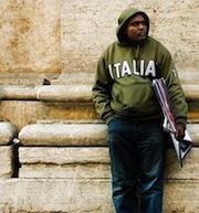 Целью проведенной в прошлом годув Италии регуляризации стало выявление нелегальных трудовых отношений и их узаконивание. «Черные» иностранные работники имели шанс получить заветный вид на жительство, тем самым вздохнув с облегчением, что в вопросе депортации на Родину их имена больше фигурировать не будут