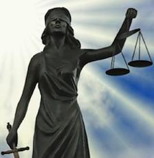 Что касается сферы юриспруденции, то положения декрета направлены на ускорение и упрощение итальянской системы правосудия. Возвращается обязательная медиация. Благодаря посредничеству в течение 5 лет было закрыто до начала судебных слушаний почти 1 миллион дел по гражданским делам. Именно медлительность итальянских судов являлась негативным фактором и причиной для привлечения досудебных посредников
