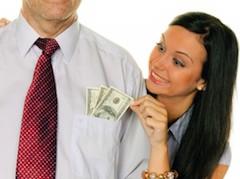 Нюансов, при которых определяется сумма финансовой помощи от экс-партнера, очень много: экономическое состояние бывших мужа и жены, место их проживания до и после развода, длительность брака и прочее.
