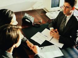 Опубликованный «Декрет решений» вызвал большой резонанс среди итальянских адвокатов, которые вовсе не приветствовали повторное введение обязательной медиации. Всего Совет Министров внес около 800 поправок в законодательство.