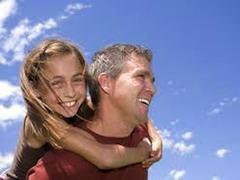 Итальянское законодательство ориентировано на поддержку и продолжение контакта ребенка с обоими родителями после их развода, во избежание нанесения психологической травмы несовершеннолетнему (ст. 155 ГК Италии)