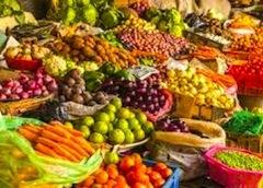 Уже весной вдоль итальянских дорог появляются прилавки с клубникой, спаржей, а затем черешней и другими сезонными овощами и фруктами. Все понимают, насколько опасны для употребления такие продукты, однако всегда найдется покупатель, который приобретет некачественный товар.