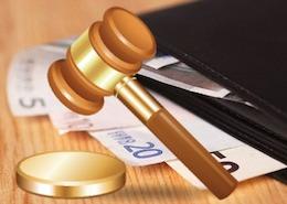 Основными новшествами министерского декрета можно назвать введение единой ставки возмещения расходов в размере 15%, увеличение стоимости адвокатских услуг на 50%, а также снижение стоимости правовой помощи за счет государства на 30%.