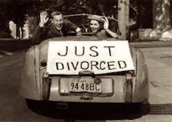 Более 40 лет понадобилось Италии, чтобы изменить так называемый «закон Фортуна-Баслини», предусматриваемый 3-летний период «ожидания» развода, официальное название которого — стадия раздельного проживания супругов, или сепарация (separazione).